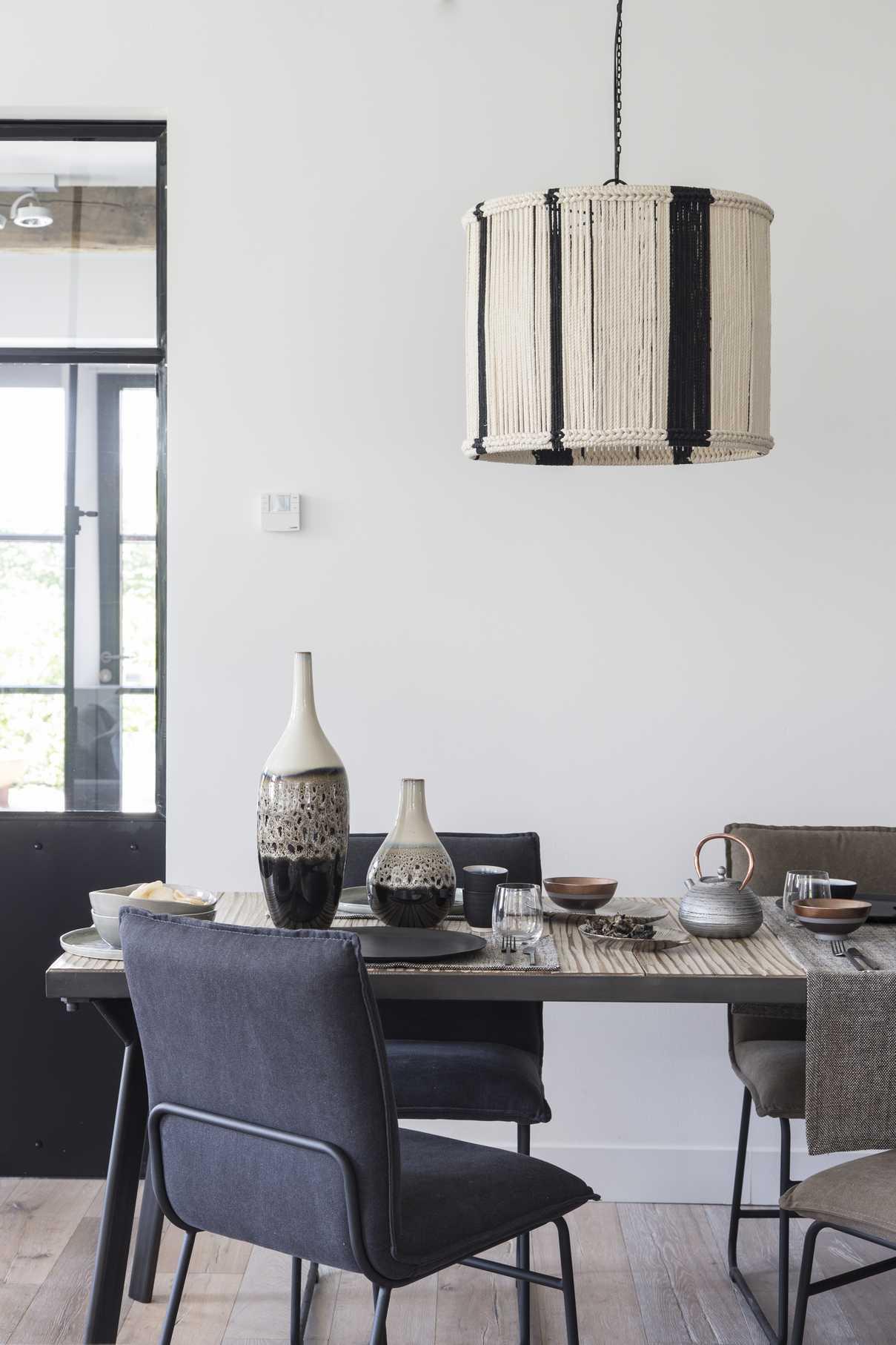 spiritual pomax home collection. Black Bedroom Furniture Sets. Home Design Ideas