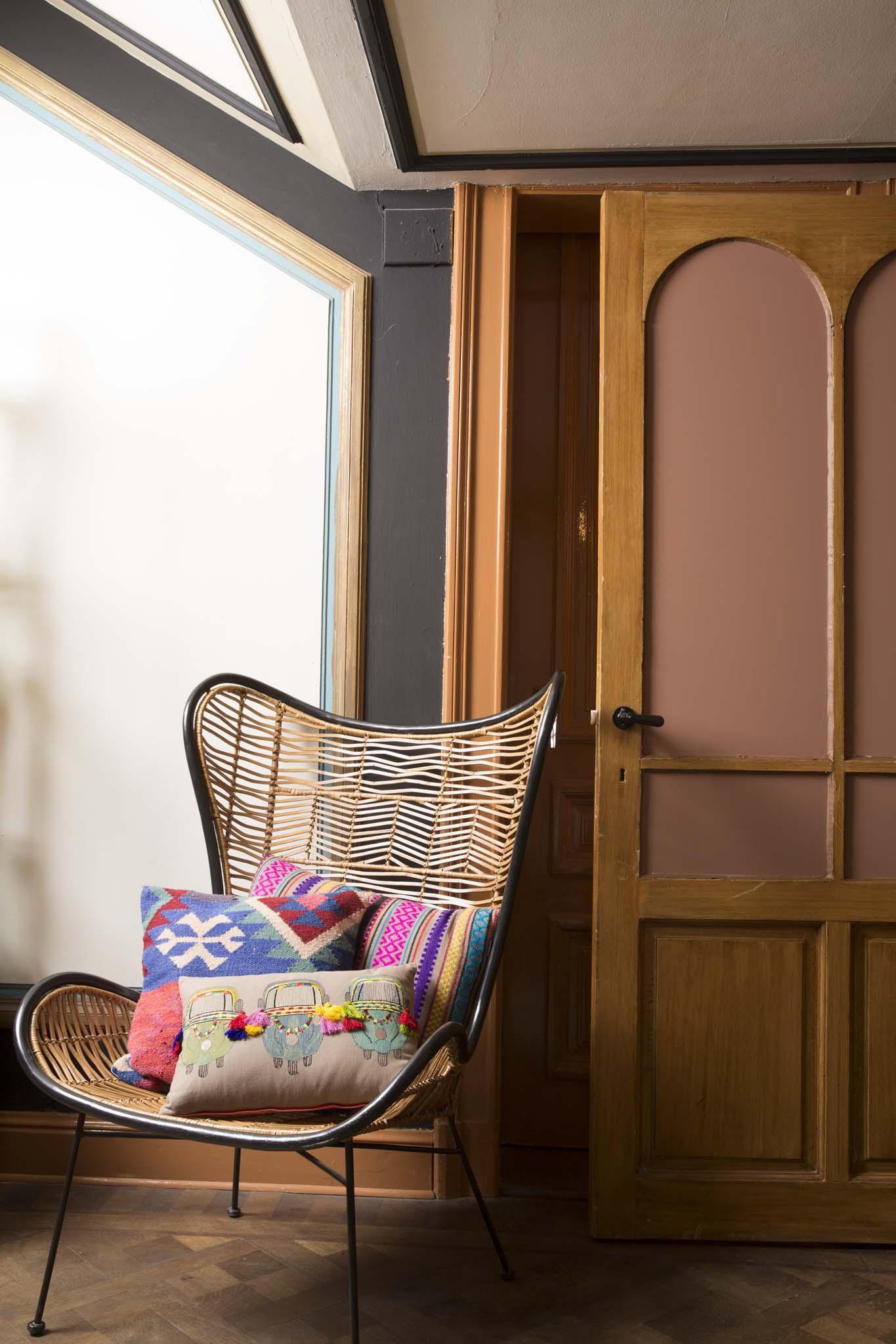 jungle cocktail pomax home collection. Black Bedroom Furniture Sets. Home Design Ideas