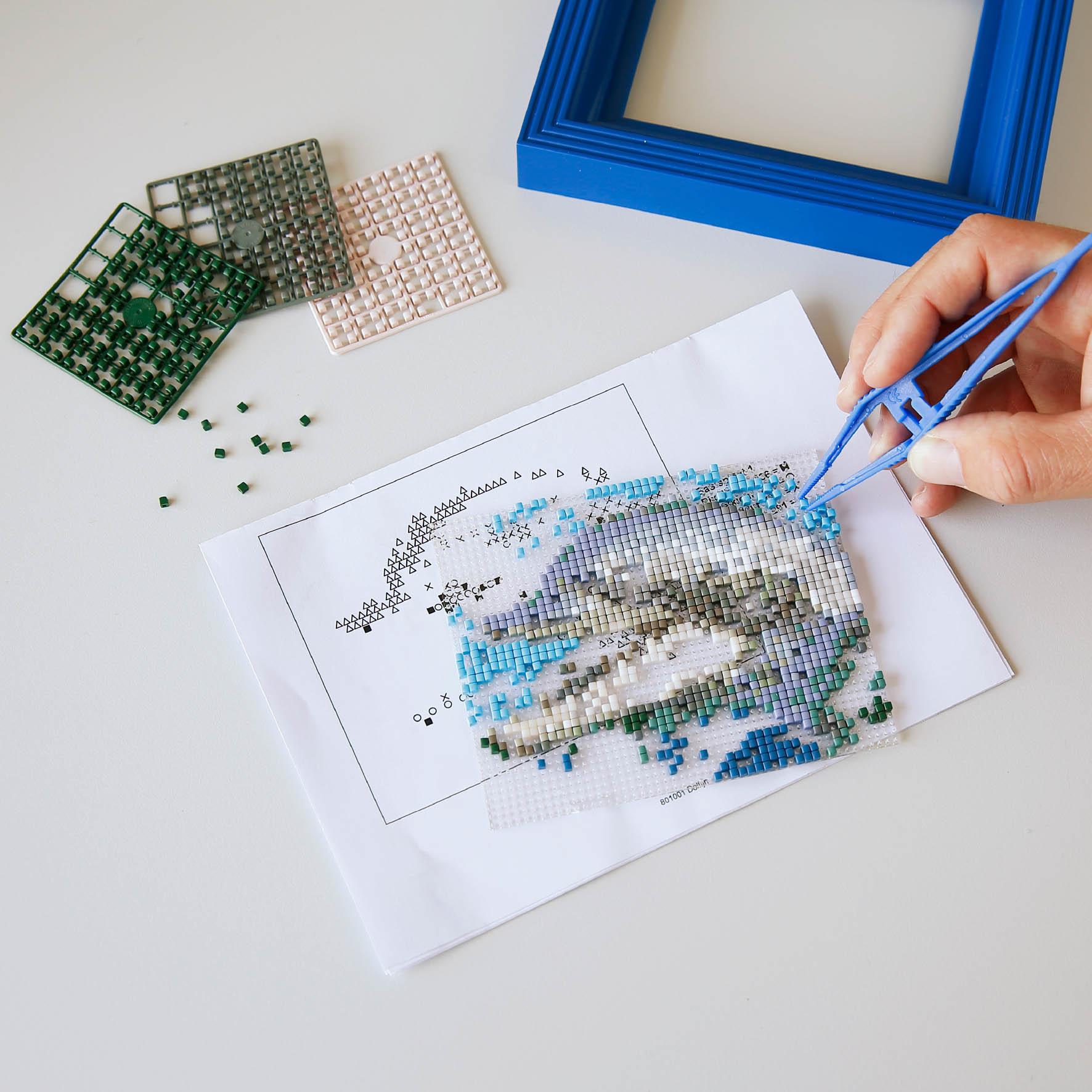 Alles Om Je Hobby Kleur Te Geven Ava Een Goudkleurig Zwaard Van Papier Knutselen Pixel