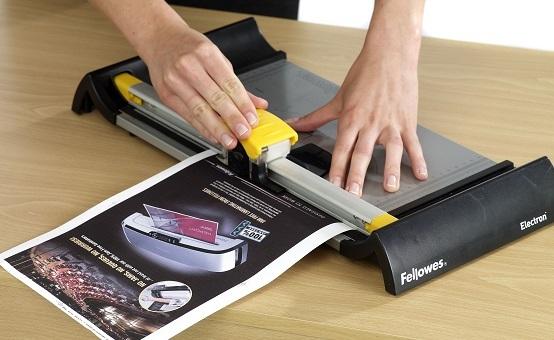 Kies voor een professionele papiersnijder.