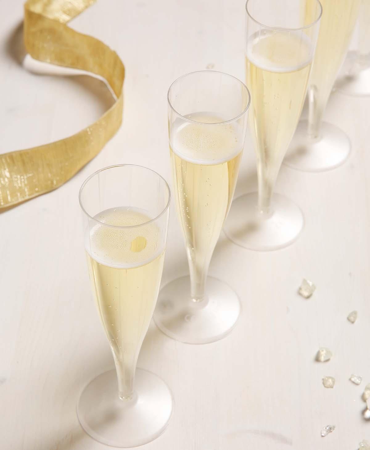 tafel trouwfeest versieren