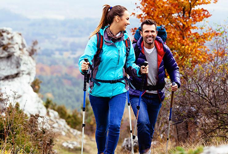 Wandelschoenen en- stokken,  rugzakken en trekkingkledij - Sportline