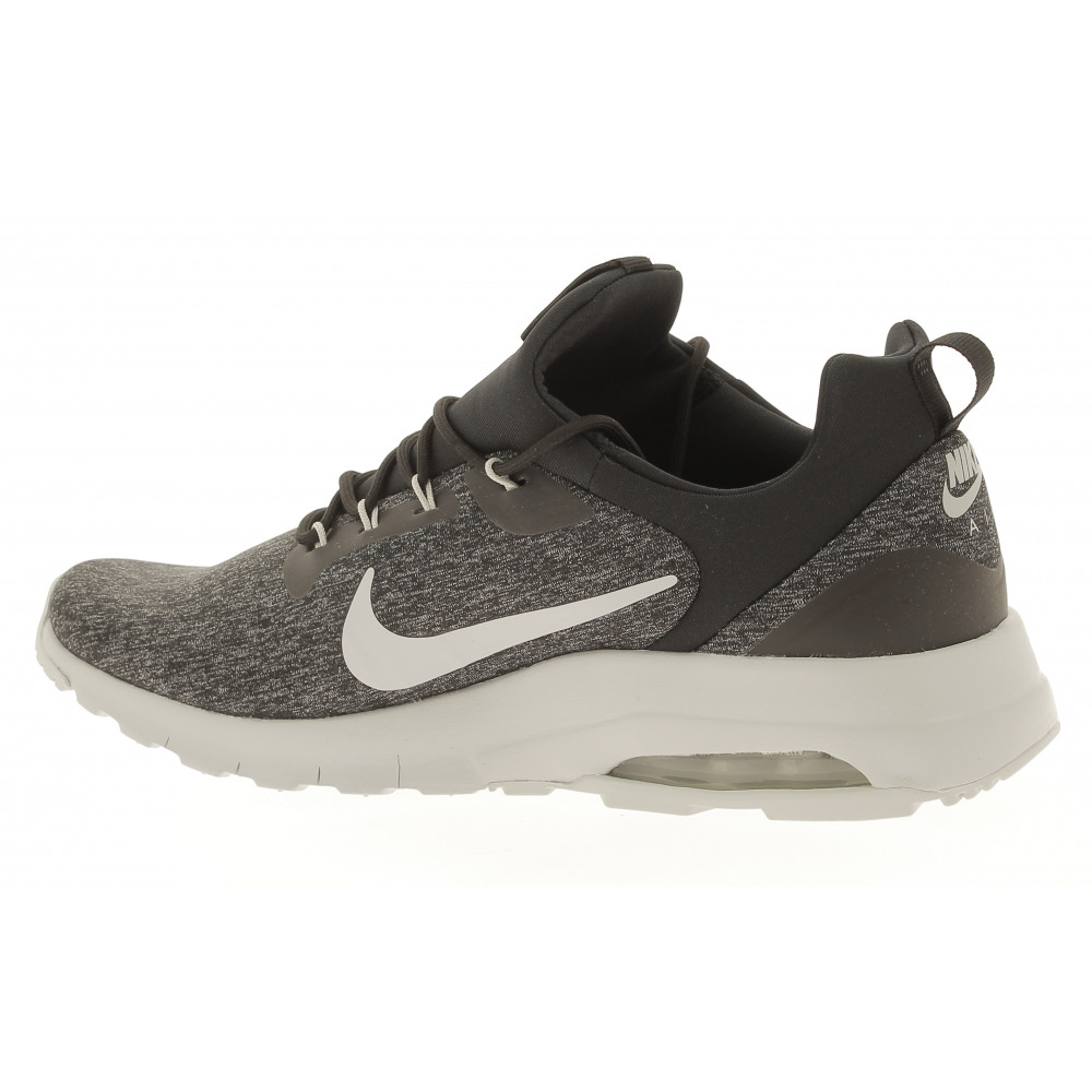 nike air max motion racer heren