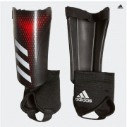 Adidas- PRED SG MTC J BLACK/ACTRED