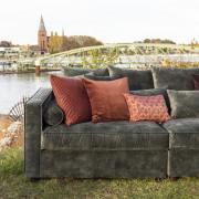 Wallstreet Velvet Sofa - 340 x 120 cm