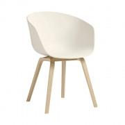 AAC22 stoel met gezeepte poten