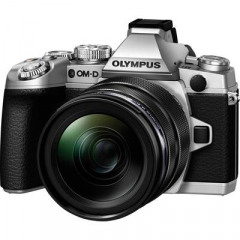 Olympus E-M1 Silver + 12-40mm f2.8 PRO