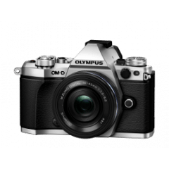 Olympus E-M5 Mark II silver + 14-42mm EZ