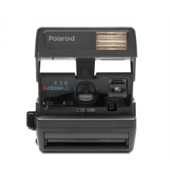 Polaroid Originals Refurbished 600 camera one step close up