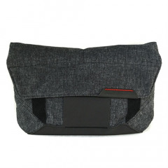 Peak Design The Field Pouch Charcoal Accessory Pouch