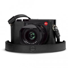 Leica 19566 Leather Protector Q2 Black