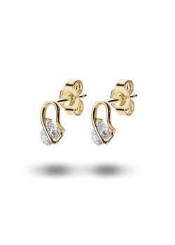 18ct gold plated earrings, a 5 mm zirconia