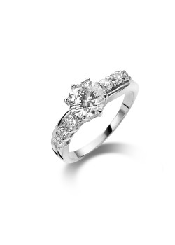 silver ring, solitaire with a 7 mm zirconia