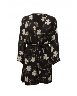 Rosemont Crepe Kimono