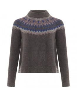 Sweater w. icelandic pattern