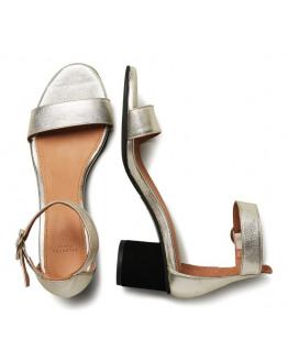 SFMerle Shiny Round Heel Sandal