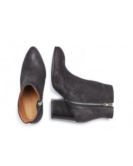 SFAmber Heel Studs Nubuck boot