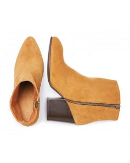 SFAmber Heel Studs Suede boot