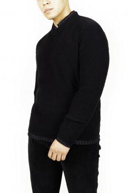 black soft knitwear