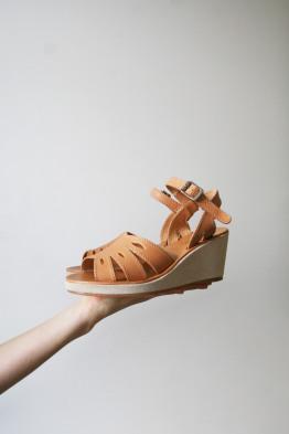 a.p.c elona sandals