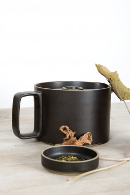 hasami black tea pot