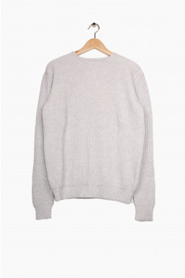 VI.E. knitted sweater