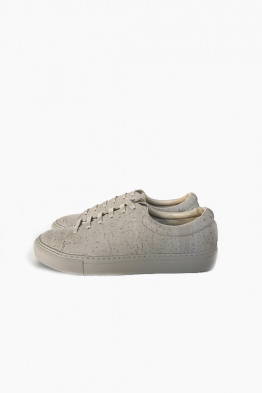 sydney brown low sneaker