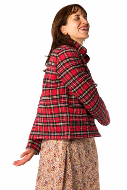 Red Short Jacket With Collar