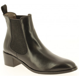 16477 | Dames Enkelboots en -bottien