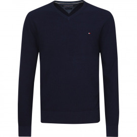 Pre-twisted pullover