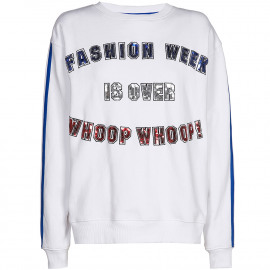 Fashion Week sweater