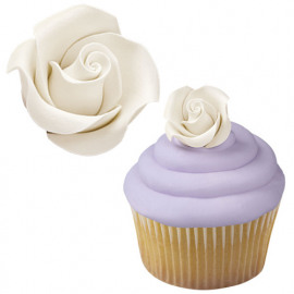 White icing Roses - wilton