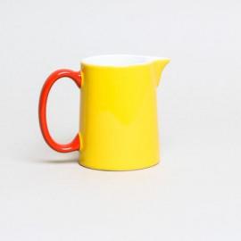 My milkjug - geel, rood handvat