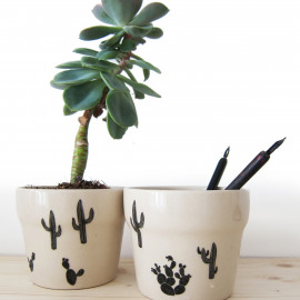 Porselein stickers - black cactus