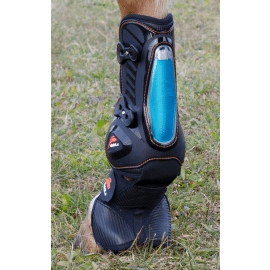 eQuick eShock Overreach tendon boots