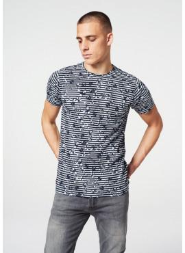 t-shirt van dstrezzed - 202326