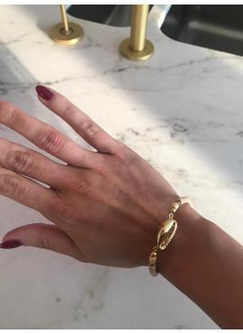 Little shell bracelet