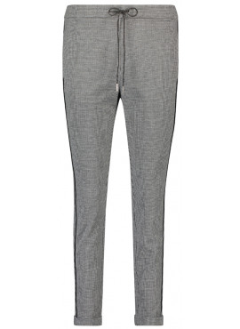 Poppin pants