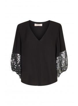 Shoulder The Blame blouse