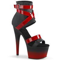 Rood met zwarte sandalen