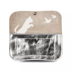 Keecie Cat chase wallet