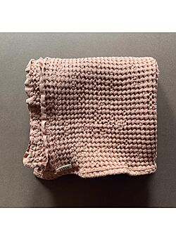 LILLE: waffle blanket: dusty pink