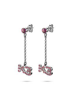 Collection K3, boucles d'oreilles, K3 sur chaîne, pierre rose