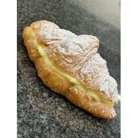 boter croissant gevuld met pudding