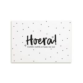 Postkaart Hoera confetti, knuffels en kusjes voor jou / Zoedt