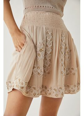 SHORT SKIRT WITH ETHNIC EMBROIDERY