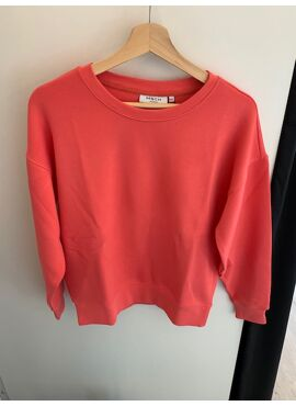 Ima sweater