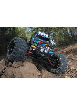 TRAXXAS SUMMIT RTR Brushed 2.4GHz ( (incl. battery and charger)