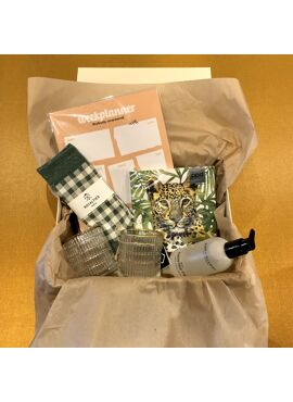 GIFT BOX 012