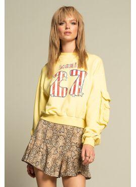licht gele sweater ICONIC27